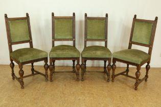 Serie van 4 Renaissance-stijl stoelen