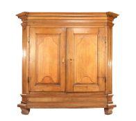Demountable solid oak 2-door cabinet
