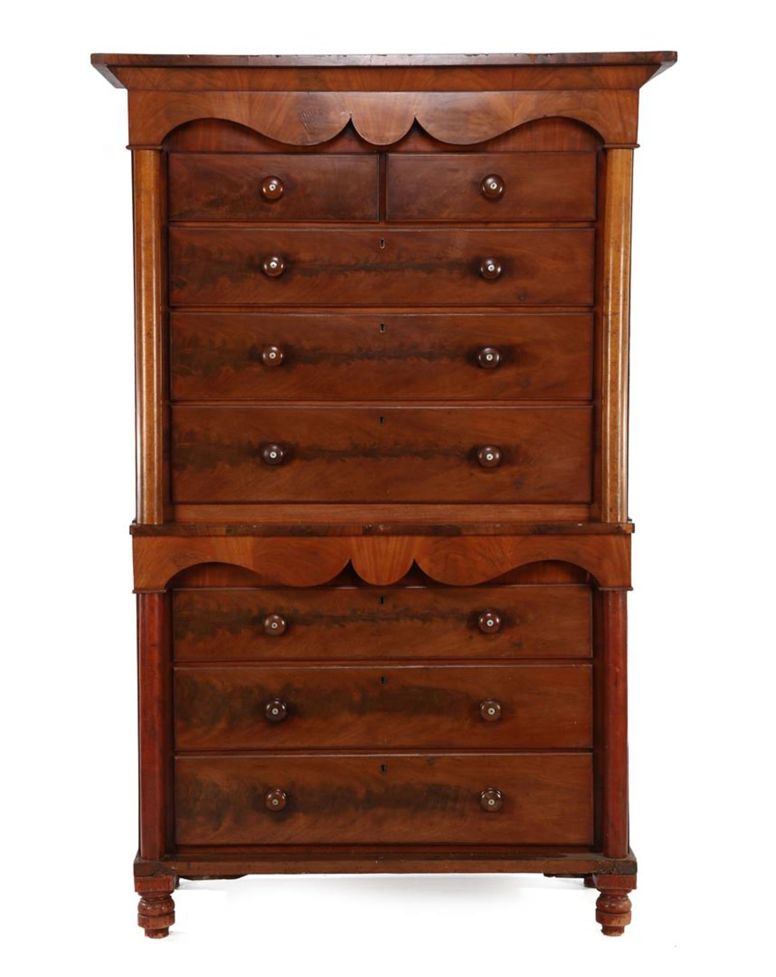 2-part English chest of drawers, mahogany veneer with columns