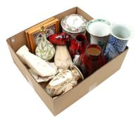 Box with Saint Lukas Maarssen earthenware vases and pouring jug (some chips), Delft earthenware va