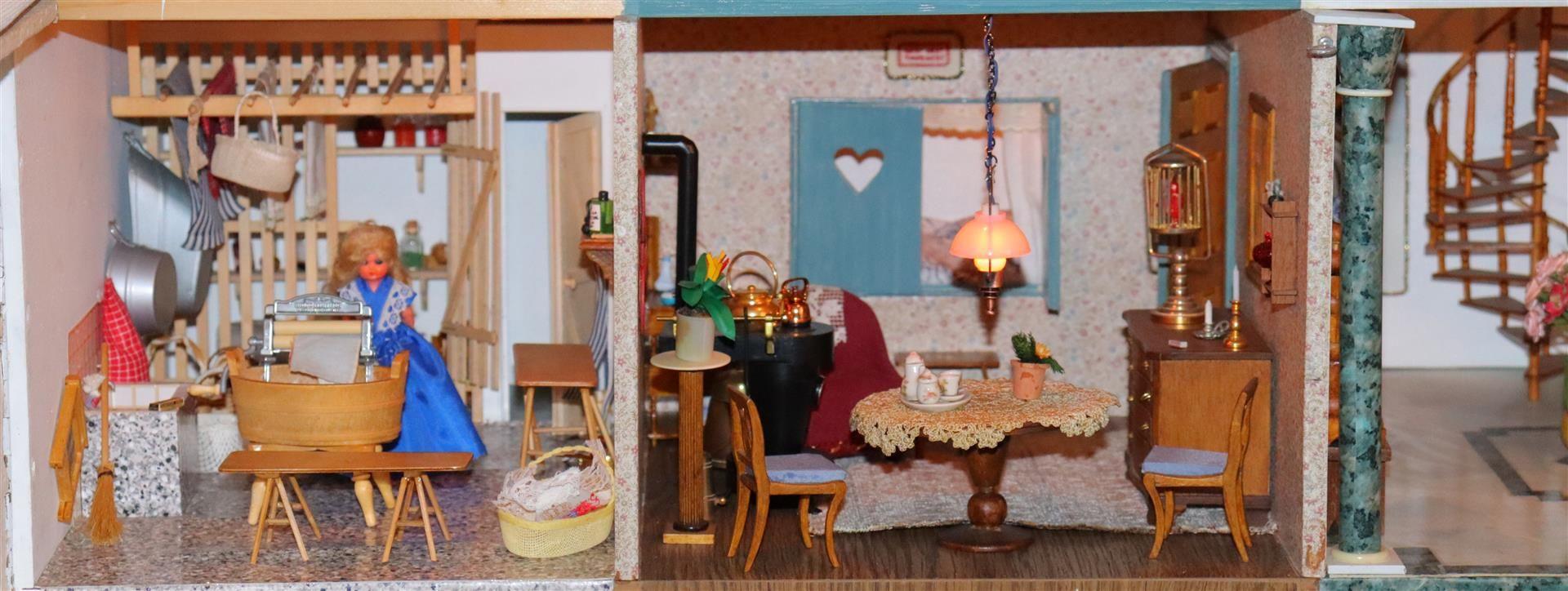 Dollhouse De Kettenborgh by Mrs. J C Wirix Kettenborg - Image 31 of 106