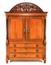 Oak Drents Louis XVI cabinet