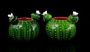 2 glass decorative pots