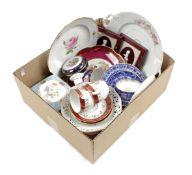 Box of various porcelain