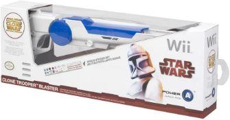 BRAND NEW Wii STAR WARS CLONE TROOPERS BLASTERS