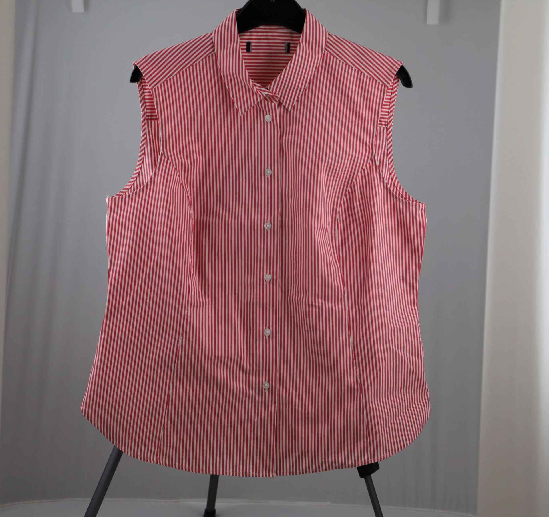 1 x mixed pallet = 473 items of Grade A M&S Womenswear Clothing. Total RRP £5520.00 - Image 6 of 10
