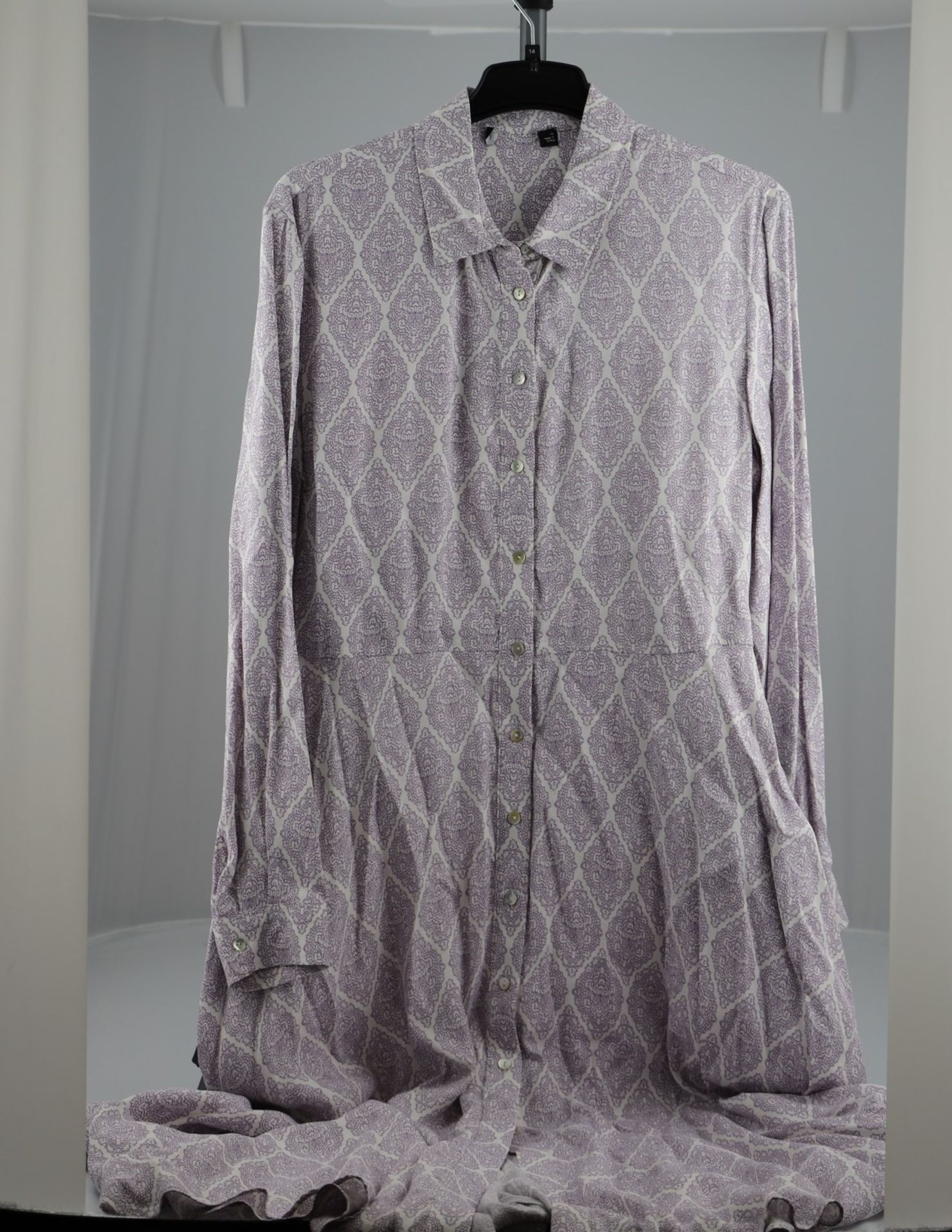 1 x mixed pallet = 220 items of Grade A M&S Womenswear. Approx Total RRP £5923.50 - Image 6 of 8
