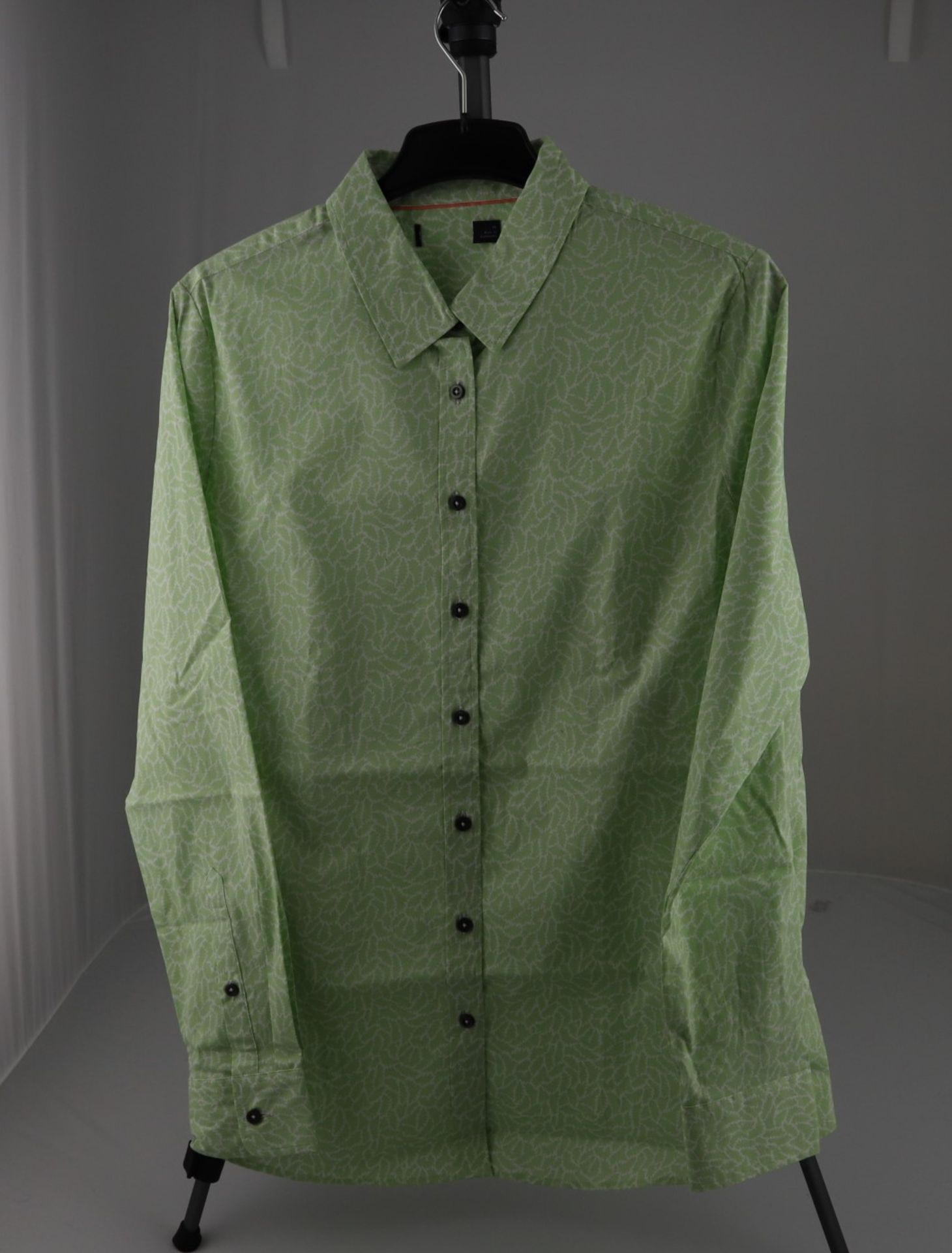 1 x mixed pallet = 307 items of Grade A M&S Womenswear Clothing. Total RRP £4999.00 - Image 3 of 12