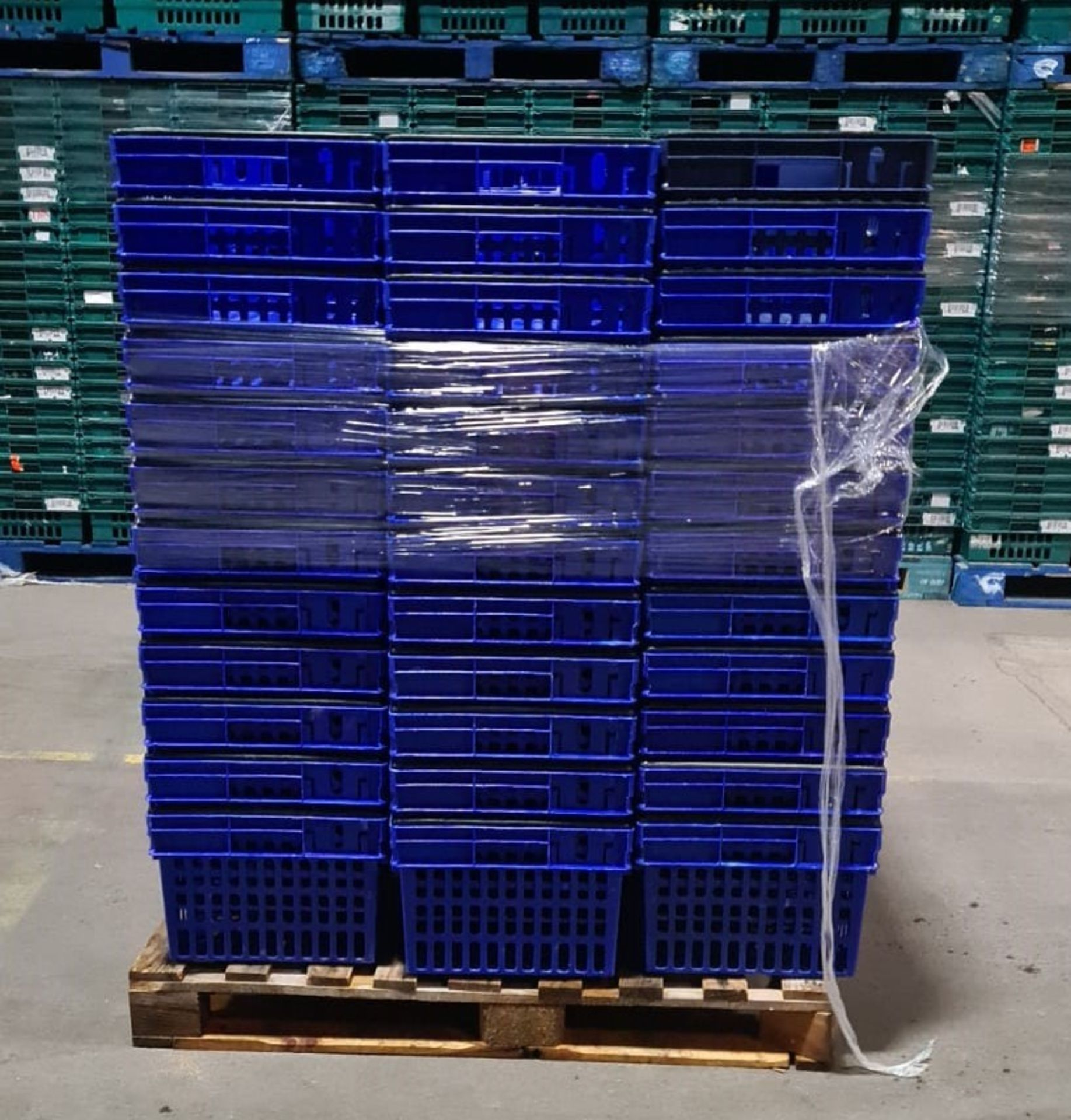 Pallet of 60 x 55Ltr Ventilated stacking & nesting crates/totes from M&S. - Image 3 of 4