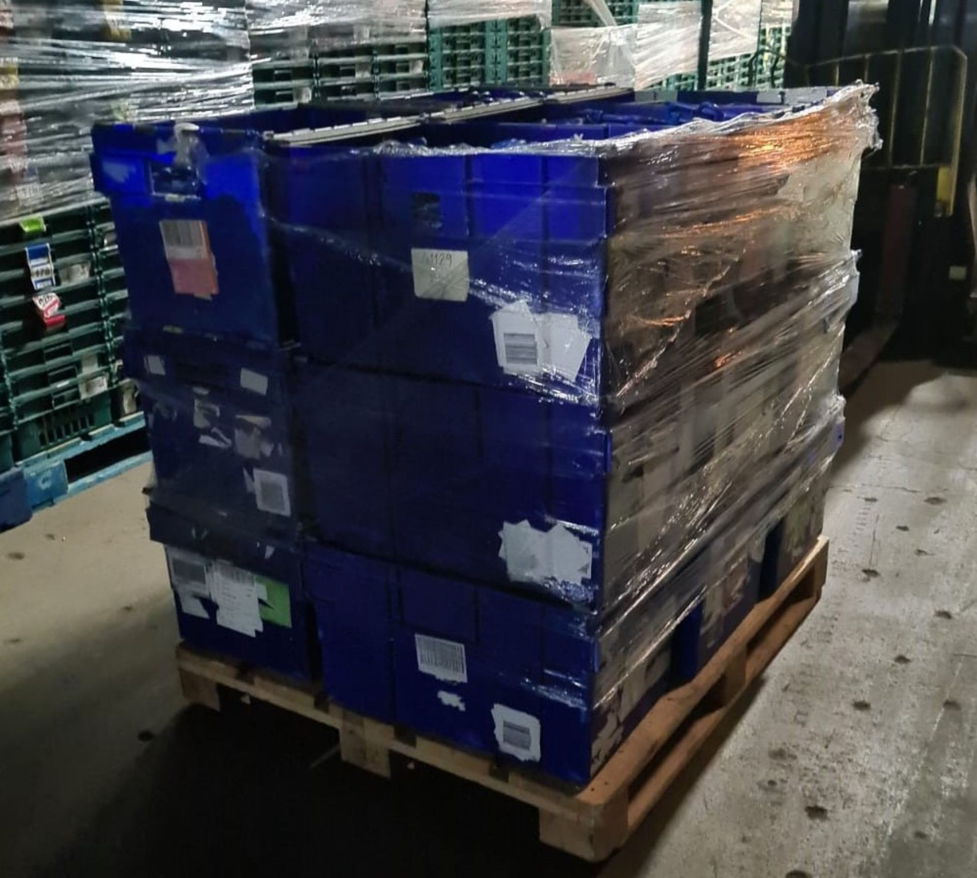 Pallet of 30 x used Blue Solid industrial storage containers/tote boxes from M&S. - Image 3 of 3