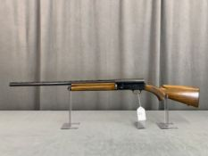 "33. Browning A5 Light 12, Belgium, 12ga, 28"" Vent Rib, Mod. Choke, SN: 68G38709"