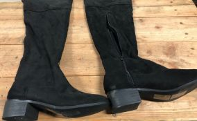 1 X PAIR OF LA REDOUTE COLLECTIONS OVER THE KNEE BOOTS / SIZE: 7.25 UK / RRP £80.00 SOURCED FROM