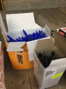 1 LOT TO CONTAIN A BOX OF BIC CRISTAL PENS AND A BOX OF RETACTABLE BALLPOINT PENS