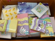 1 X TOTE TO CONTAIN AN ASSORTMENT OF EASTER CARDS WITH ENVELOPES ENCLOSED