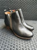ONE PAIR OF PIKOLINOS ROTTERDAM LEATHER ANKLE BOOTS WITH CHUNKY HEEL IN BLACK - SIZE EU 41. RRP £