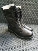 ONE PAIR OF TAMARIS SUZAN LEATHER ANKLE BOOTS WITH FLAT HEEL IN BLACK - SIZE EU 37. RRP £85.00 GRADE