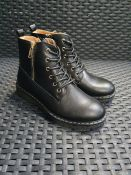 ONE PAIR OF LA REDOUTE COLLECTIONS KIDS LACE-UP ANKLE BOOTS WITH ZIP IN BLACK - SIZE 34.00. RRP £