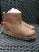 ONE PAIR OF SKETCHERS KEEPSAKES 2.0 SUEDE ANKLE BOOTS IN BROWN - SIZE UK 5. RRP £50.00 GRADE A* - AS