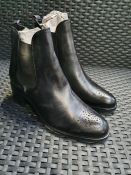 ONE PAIR OF JONAK TRIM LEATHER ANKLE BOOTS IN BLACK - SIZE EU 38. RRP £98.00 GRADE A/B - SLIGHTLY