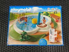 1 X PLAYMOBIL FAMILY FUN SWIMMING POOL - 9422 / RRP £25.00