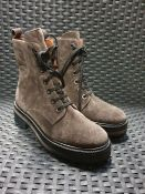 ONE PAIR OF PONS QUINATA LACE UP SUEDE ANKLE BOOTS IN BROWNISH GREY - SIZE UK EU 35. RRP £170.00
