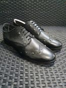 ONE PAIR OF LA REDOUTE COLLECTIONS LEATHER STUDDED BROGUES IN BLACK - SIZE UK 7. RRP £78.00 GRADE