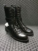 ONE PAIR OF COSMOPARIS GEORGINNA LEATHER POINTED BOOTS IN BLACK - SIZE EU 38. RRP £178.00 GRADE A* -