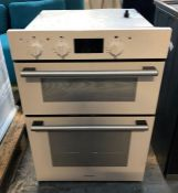HOTPOINT DOUBLE ELECTRIC OVEN - DD2 540WH / RRP £299.00 / CONDITION REPORT: UNTESTED CUSTOMER