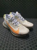 ONE PAIR OF NIKE PEGASUS TRAIL 2 TRAINERS IN WHITE / ORANGE - SIZE UK 5.5. RRP £110.00 GRADE A -