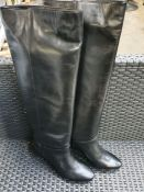 ONE PAIR OF VANESSA SWEARD X LA REDOUTE COLLECTIONS LEATHER KNEE HIGH BOOTS WITH STILETTO HEEL IN