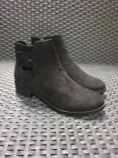 ONE PAIR OF LA REDOUTE COLLECTIONS FAUX SUEDE BUCKLED ANKLE BOOTS WITH ZIP DETAIL IN BLACK - SIZE UK