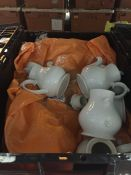 1 LOT TO CONTAIN A LARGE STORAGE BOX OF PLATES, SIDE PLATES AND GRAVY BOATS / USED