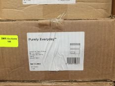 1 LOT TO CONTAIN A BOX OF PURELY EVERYDAY WALLET SELF SEAL WINDOW ENVELOPES IN WHITE 110 X 220MM -