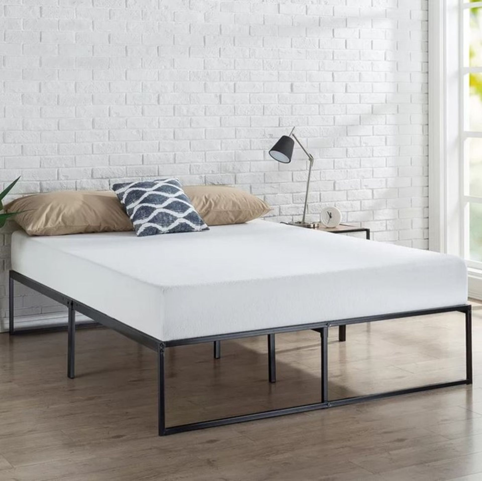 UPLANDER PLATFORM BED FRAME / SIZE: SUPER KING (6')