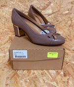 VAN DAL LADIES LEATHER SHOES - UK SIZE 5/TAUPE