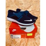 NIKE WOMENS SHINSEN FLY FORM - UK SIZE 4/NAVY