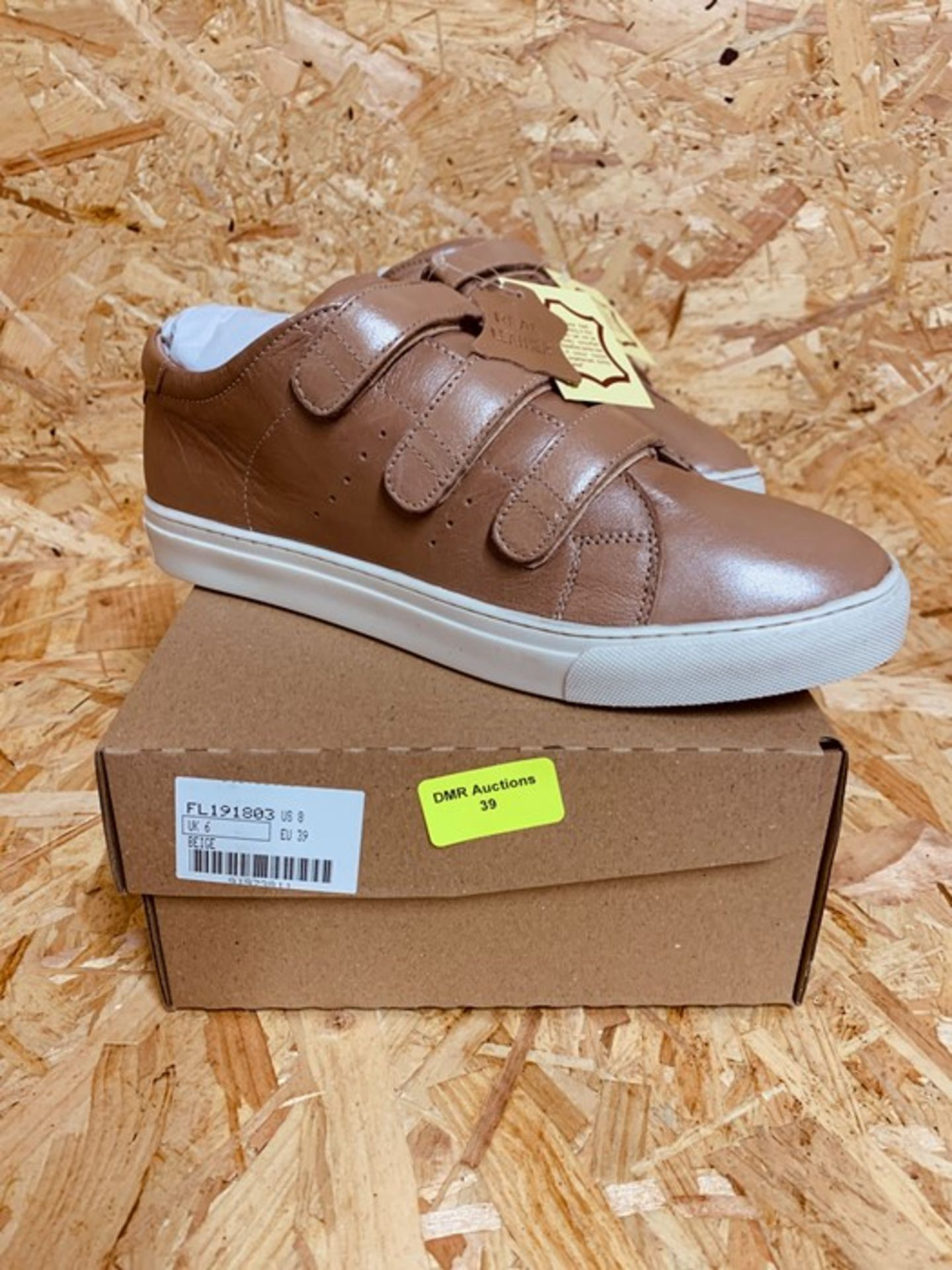 HEAVENLY SOLES LADIES LEATHER SNEAKERS - UK SIZE 6/BEIGE