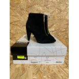 BRONX LADIES SUEDE ZIP-UP ANKLE BOOTS - UK SIZE 36/BLACK
