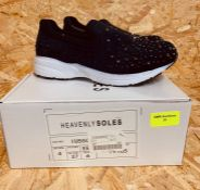 HEAVENLY SOLES LADIES SLIP-ON TRAINERS - UK SIZE 4/NAVY