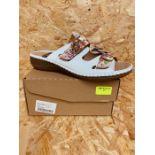CUSHION-WALK LADIES FLORAL SANDALS - UK SIZE 8/FLORAL PRINT/WHITE