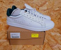 GOLA MENS CLS LEATHER TRAINERS - UK SIZE 8/WHITE