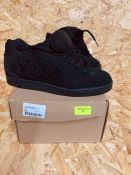 DC MENS NET LEATHER TRAINERS - UK SIZE 8/BLACK