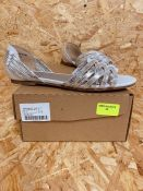 JD WILLIAMS LADIES SANDAL - UK SIZE 5-SILVER/WHITE