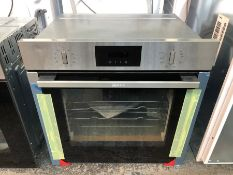 NEFF B6CCG7AN0B BUILT-IN PYROLYTIC SLIDE AND HIDE SINGLE OVEN