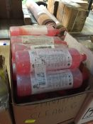 1 LOT TO CONTAIN A BOX FULL OF STAPLES SANITARY CLEANER 1L BOTTLES - L9