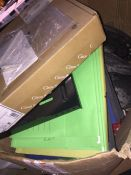1 LOT TO CONTAIN AN ASSORTMENT OF OFFICE SUPPLIES, ITEMS TO INCLUDE : CISCO CABLES, POST AND CHAIN