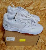 DC MASWELL MENS SNEAKERS - UK SIZE 7/WHITE