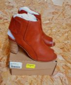 HEAVENLY SOLES LADIES LEATHER ANKLE SHOES - UK SIZE 5/SCOTCH