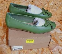 HEAVENLY SOLES LADIES LEATHER PUMPS - UK SIZE 5/GREEN