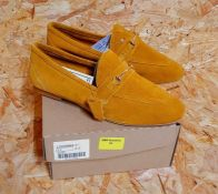 JD WILLIAMS LADIES LEATHER LOAFERS - UK SIZE 5/MUSTARD